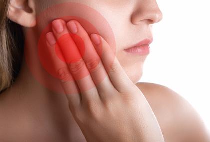 Kiefergelenksbeschwerden sind eine ernst zu nehmende Erkrankung. © Two Brains Studios / Fotolia.com