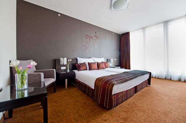 hotel_regnum_bedroom_m