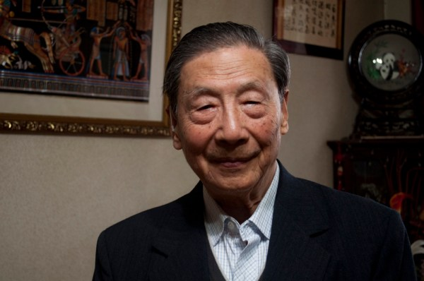 Mao Yushi en su casa de Pekín [FOTO: Daniel Méndez]