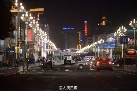 Sobre las 23:00 horas, la policía controlaba todos los accesos a la estación de trenes.