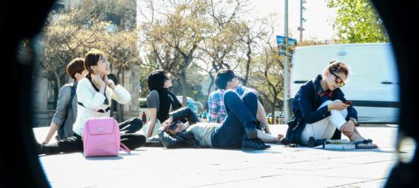 Los famosos chinos descansan por las calles de Barcelona.