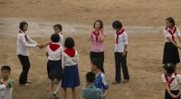 La rutina de los norcoreanos está marcada por los cupones de comida, el comercio informal y las dificultades para conseguir agua caliente y electricidad