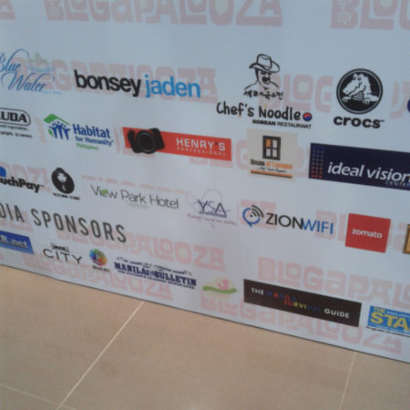 Do you see Mommy Bloggers Philippines' logo ? :D