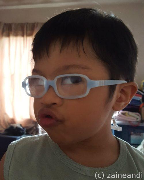 charming little boy_pout