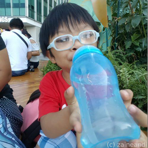 charming little boy_straw