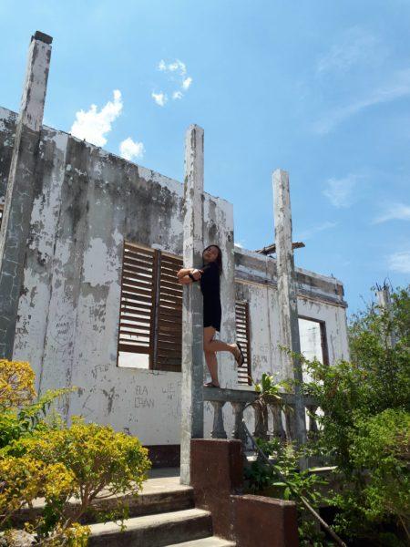 cape bolinao lighthouse ruins entrance 2