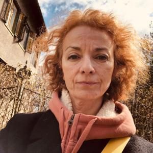 Likovna šola Zajec Ustvarjalec - mentorica Vera Stanković, likovna umetnica, kreativna direktorica in pedagoginja.