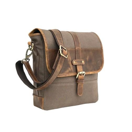Zakara Leather Sling Bag