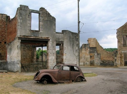 2-oradour-abandoned-military-and-commune1