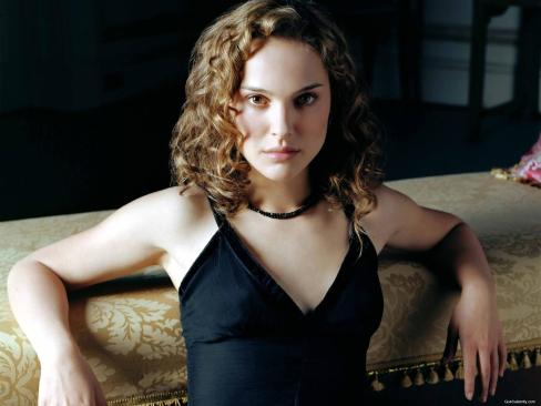 Natalie-Portman-sit