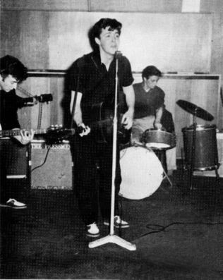 early_beatles_photos_04