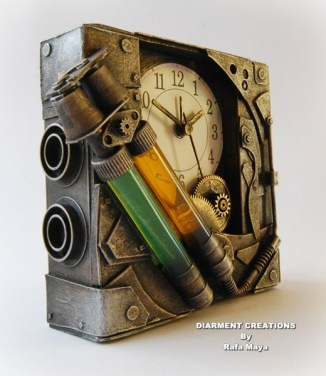 Horloge Montre Steampunk Steampunk_Bicomponent_Clock_by_Diarment