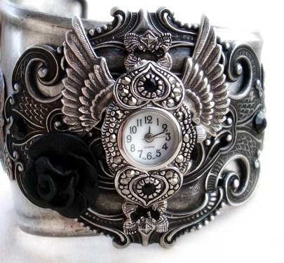 Horloge Montre Steampunk Steampunk___Gothic_Cuff_Watch_by_Aranwen