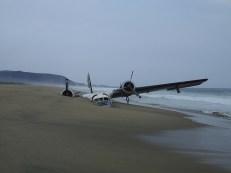 avion sur la plage