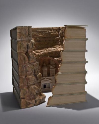 5 livre sculpture Guy Laramee