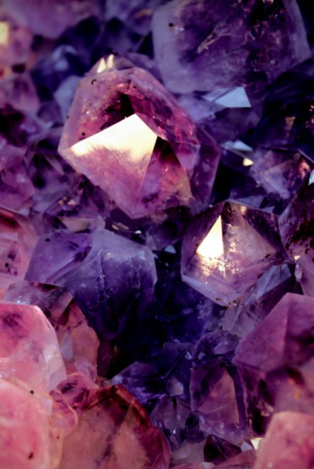 Purple Crystals macro amethyste