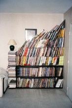 etagere trop de livres