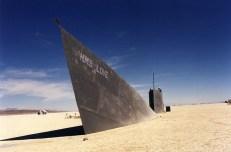 vaisseau abandonne desert