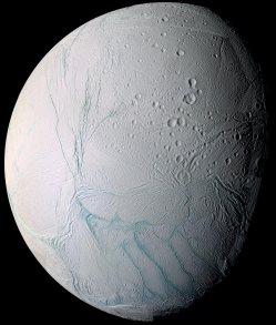 enceladusstripes_cassini_32