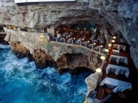 restaurant bord mer falaise