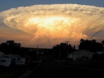 nuage champignon atomique