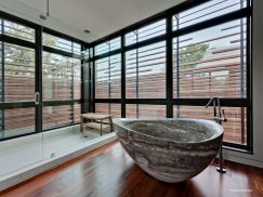 Modern-Bathroom-with-Stone-Bathtub pierre baignoire