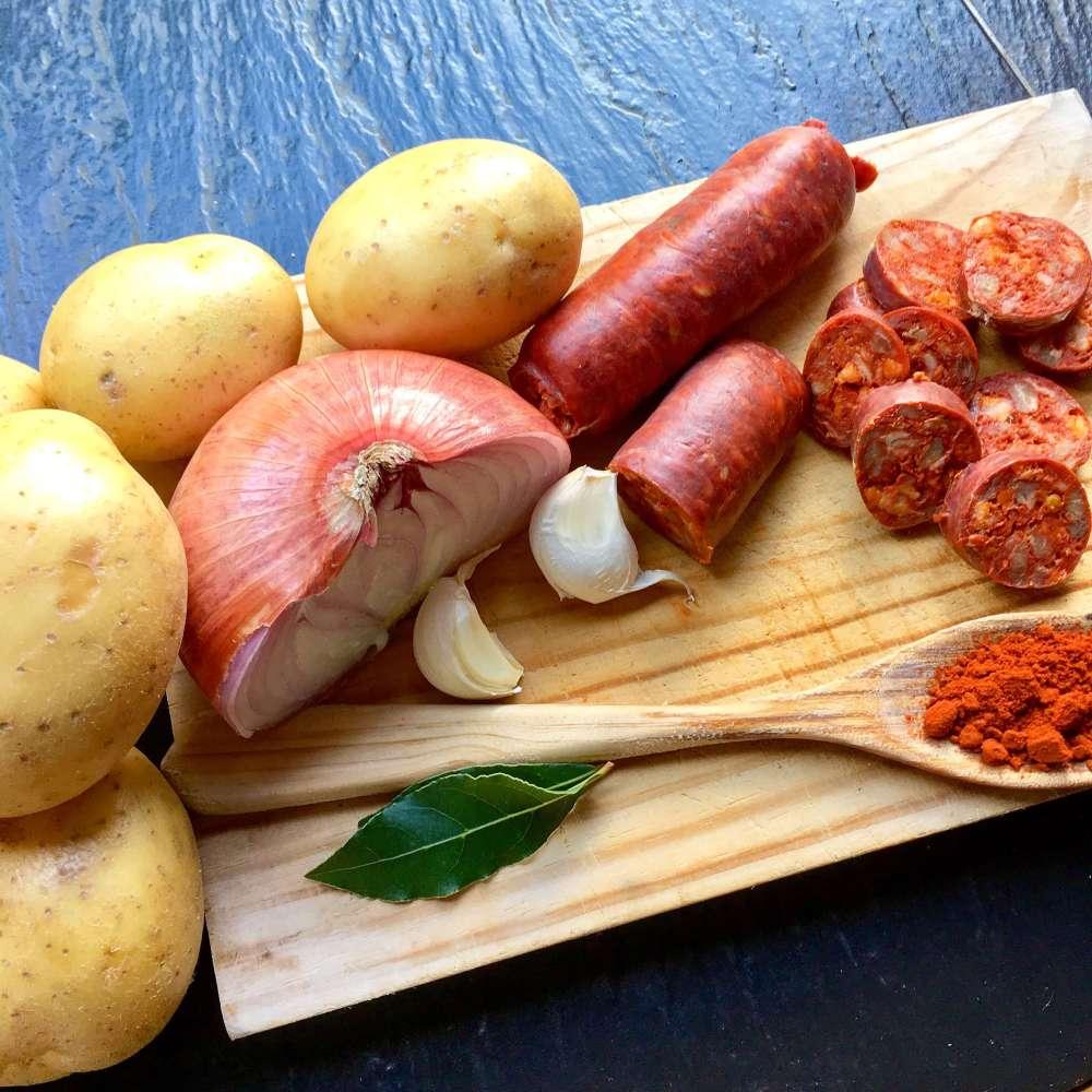 Ingredientes para hacer patatas a la riojana