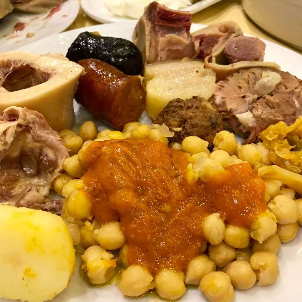 Cruz Blanca Vallecas y su cocido madrileño
