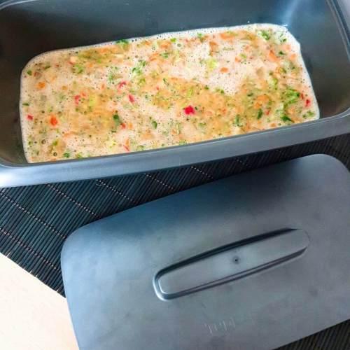 Pastel de verduras con Tupperware