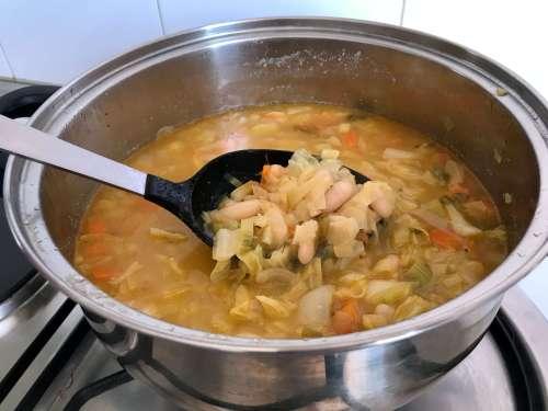 Alubias a la Toscana en sopa