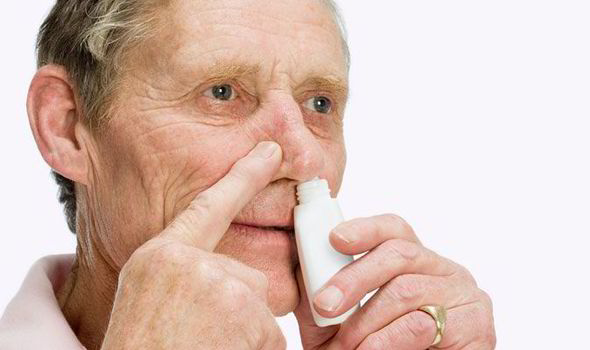 Alzheimer rallentato con uno spray nasale all'insulina
