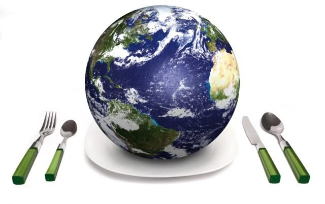 Consigli per un'alimentazione più sostenibile. Riduciamo: tonno in scatola, patatine fritte, zucchero, pane bianco