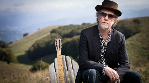 Francesco De Gregori canta Bob Dylan in amore e furto