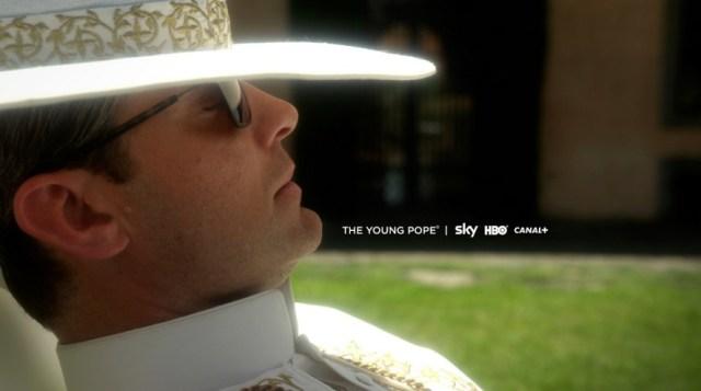 La prima immagine ufficiale di The young Pope