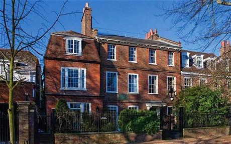 La villa di kateMoss a Highgate in vendita dopo la separazione da  Jamie Hince