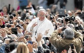 La via crucis di Papa Fransco a Copacabana.