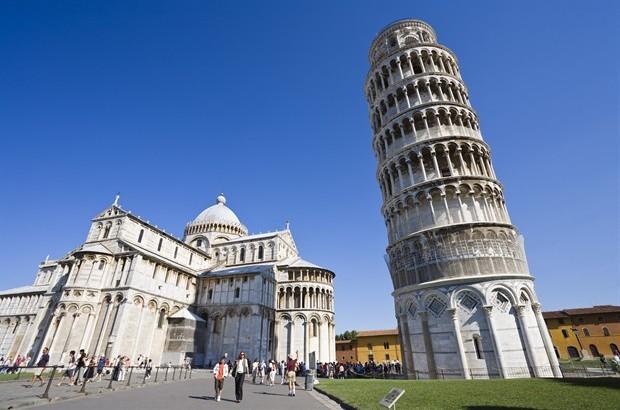 Voyager e la torre di Pisa