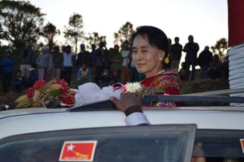 Suu Kyi in Hakha
