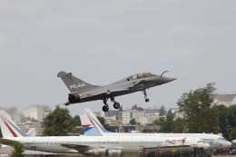 French Dassault two seater Rafale landing