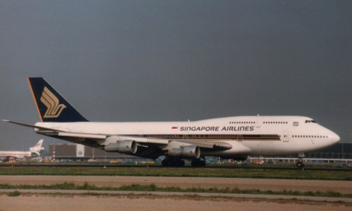 Boeing 747-312 N122KH Singapore Airlines