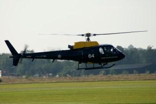 IMGP5159 Dux07 Eurocopter AS-350BB Squirrel HT1 ZJ264