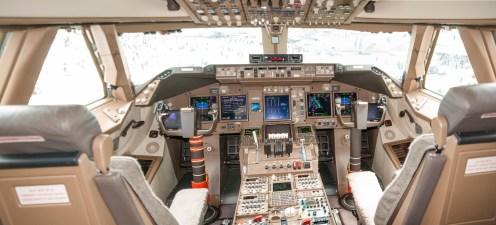 Cockpit Boeing 747-8 Intercontinental