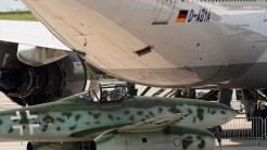 IMGP9669 Me262 under B747-8 Lufthansa
