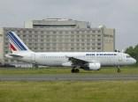 cdg06-05 Airbus A320-211 F-GFKT Air France
