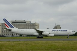 Airbus A340-311 F-GLZI Air France