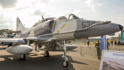 McDonnell Douglas A-4N Skyhawk II C-FGZO Discovery Air Defence