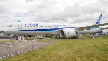 Boeing 787-9 Dreamliner ANA All Nippon N1015B s