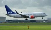 Boeing 737-76N SE-REY SAS
