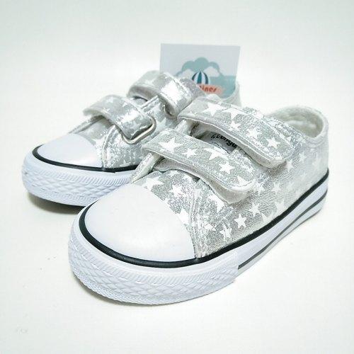 Zapatillas Estrellas Plata Velcro Niña