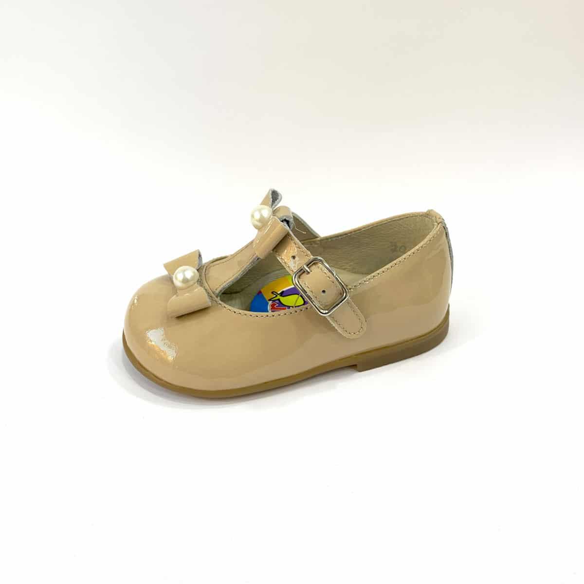 7599d1a1441 Merceditas Charol Camel Perlas Hebilla Vestir Niñas   Zapatines